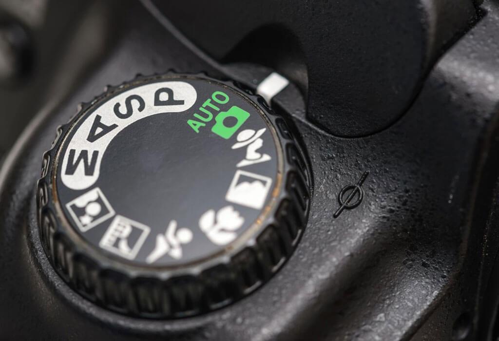 DSLR-camera-auto-mode